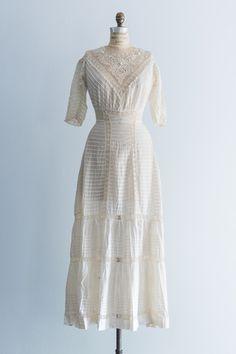Edwardian Pin-Tucked Lawn Dress - M