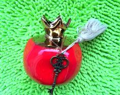 χειροποίητα γούρια και ρόδια για το 2020 Pendant Necklace, Rings, Jewelry, Decor, Jewlery, Decoration, Jewerly, Ring, Schmuck