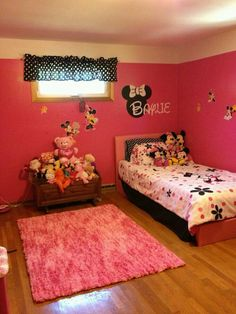 How to Design a Minnie Mouse Bedroom | Minnie mouse, Mice and Storage