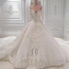 Glide down the aisle with elaborate details..#jacykayofficial #jacykay #details #ballgown #mydubai #dubai #weddingdress #dress #wedding #bride #qatar #bahrain #kuwait #russia