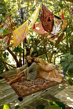 WANDERING FOLK | Bohemian Diesel Blog Bohemian Soul, Gypsy Soul, Bohemian Living, Modern Bohemian, Weekend Hiking, Summer Picnic, Spring Summer, Magic Carpet, Wild Ones