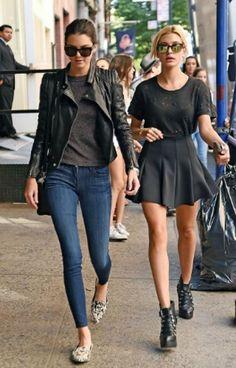 Kendall Jenner x Street Style x Denim x Leather Jacket x Plain Gray Tee x Printed Flats