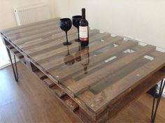 Pallet dining table is an excellent pallet project.