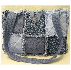 Quilted Purse Patterns, Rag Quilt Patterns, Jean Purses, Purses And Bags, Home Design, Rag Quilt Purse, Quilted Tote Bags, Diy Purse, Handmade Purses