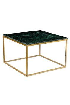 Sohvapöytä/sivupöytä, jonka pöytälevy  marmoria ja runko metallia. Koko 75x75 cm. Korkeus 48 cm. Marmori on luonnonmateriaali, ja tuotteiden koossa, värissä ja muodossa voi esiintyä pientä vaihtelua. Rahtipaino 21 kg. <br><br>Tarkista rahtimaksu Toimitus-välilehdeltä.<br><br>Marmorin hoito<br>Kiven perussuojaksi suosittelemme marmorinkiillotusainetta, jota voi ostaa hyvin varustetuista maalikaupoista. Sivele ohut kerros ainetta kiven pintaan ja anna kuivua muutama minuutti. Kiillota…