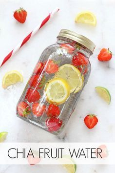 Make your own natural energy drink with water, fruit and chia seeds! Make your own natural energy drink with water, fruit and chia seeds! Infused Water Recipes, Fruit Infused Water, Infused Waters, Water With Fruit, Fruit Water Recipes, Flavored Waters, Healthy Detox, Healthy Drinks, Healthy Water