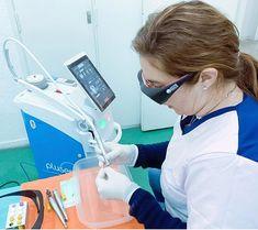 Aplicațiile laserului erbium:YAG Pluser de la Doctor Smile Dental Laser: 🎯 Îndepartarea cariilor 🎯 Prepararea cavității 🎯 Îndepărtarea obturațiilor 🎯 Gravare 🎯 Sigilare 🎯 Desensitivizare #lasererbiumyag #lasereryag #laseredentare #laserpluser #lasereryagpluser #doctorsmile #htpmedical #tesutdur #chirurgieosoasa #tesuturimoi #dermatologie