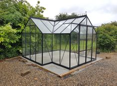 A beautiful Vitavia Black Framed Sirus 13000 with cresting. Installed in Kinvara, County Galway on 08.01.2018.