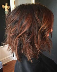 Cinnamon Brown Shaggy Bob color cambio de look 60 Most Magnetizing Hairstyles for Thick Wavy Hair Hair Color And Cut, Haircut And Color, Brown Hair Colors, Hair Cuts And Color Ideas, Hair Colors For Fall, Color For Short Hair, Dark Auburn Hair Color, Auburn Ombre, Auburn Balayage