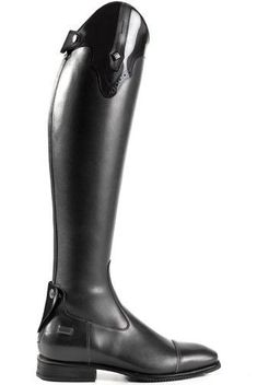 The De Niro American Top Riding Boot is a brand new style for Hand crafted from supreme quality Italian, with an Italian cum American styling, this is one riding boot that will get you noticed on the show circuit! Equestrian Boots, Equestrian Outfits, Equestrian Style, Equestrian Fashion, Horse Riding Clothes, Riding Gear, Riding Boots, Riding Habit, Horse Fashion