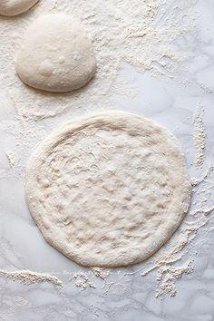 Focaccia Pizza, Italian Recipes, Pizza Margherita, Recipies, Good Food, Food And Drink, Pizza Napoletana, Cooking, Desserts