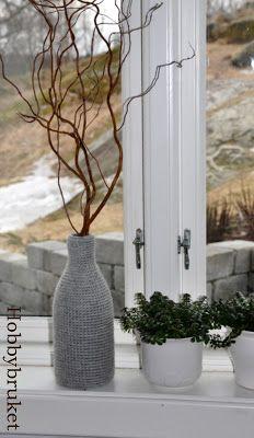 Hobbybruket: Strikking Glass Vase, Home Decor, Decoration Home, Room Decor, Home Interior Design, Home Decoration, Interior Design