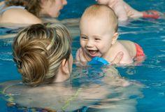 Natação para bebês tem muitos benefícios!