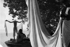 Marc Riboud : the walker photographer by PatriceChesse on DeviantArt
