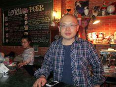 Fã incondicional da série Friends, o empresário Du Xin reproduziu em Beijing, China,  todos os detalhes da cafeteria Central Perk, da arquitetura e fachada, à decoração e cardápio. E chegou a mudar seu nome para Gunther, personagem que gerenciava o estabelecimento e vivia uma paixão platônica por Rachel.