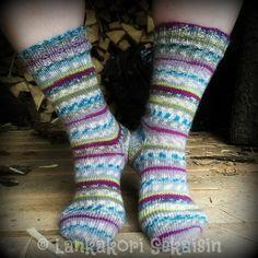 Womens Wool Socks, Knitting Patterns, Fashion, Moda, Knit Patterns, Fashion Styles, Knitting Stitch Patterns, Fashion Illustrations, Loom Knitting Patterns