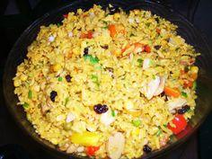 Hola a todos, Hoy les traigo mi receta particular de arroz navideño o arroz carnavalesco como a veces le llamo. Es una receta sabrosa que no termino de entender porque se prepara principalmente en …