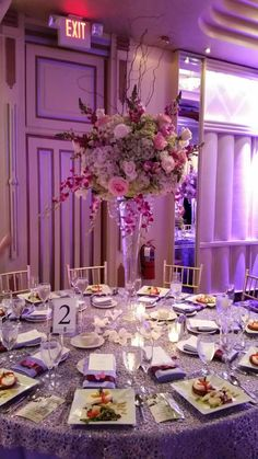 Loving our work! This centerpiece is a mixed freeform look #pretty #unique #décor #event #party #wedding #lighting