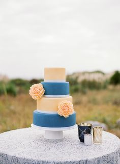 Beach inspired wedding cake | The perfect amount of vintage flare for a beach wedding at Charleston's Island Resort #wilddunesweddings bit.ly/1ZuZSd7