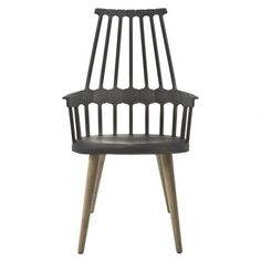 The Comback Rocking Chair was designed by Patricia Urquiola for Kartell. Spanish designer Urquiola based this design on the classic Windsor chair, which was fir Yellow Dining Chairs, Retro Dining Chairs, Contemporary Dining Chairs, Side Chairs, Patricia Urquiola, Smart Furniture, Living Furniture, Living Room Chairs, Dining Rooms