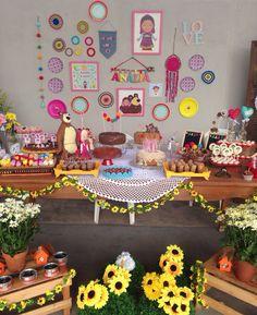 Marsha and the bear party. Festa Marsha e o urso para os 4 anos da minha filha Anália. Festa caseira, homemade party.