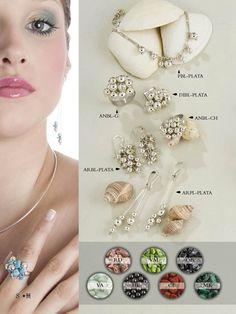 Diversidad de piezas de Plata con piedras naturales.