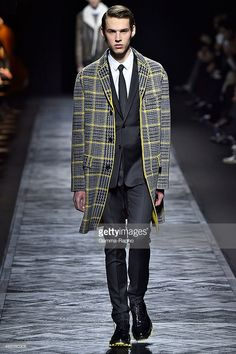 dior homme menswear runway 2015-2016