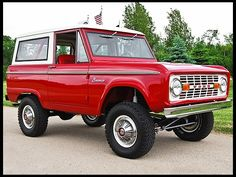 1969 Ford Bronco HP, Automatic - very nice, super clean! Classic Bronco, Classic Ford Broncos, Classic Trucks, Classic Cars, Ford Pickup Trucks, 4x4 Trucks, Diesel Trucks, Lifted Trucks, Cool Trucks