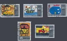 """De kinderpostzegels uit 1965 met het thema """"Kindertekeningen"""". Ontwerp: G. Noordzij"""