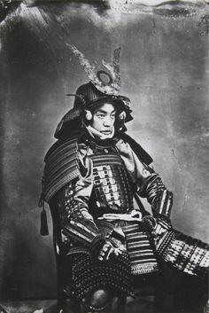 Fascinante série de fotografias raras do século XIX retratam os últimos samurais…