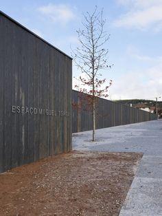 Gallery of Miguel Torga Space / Eduardo Souto de Moura - 1