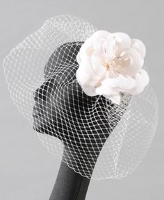kinda thinks this maybe the perfect alternative to a long veil