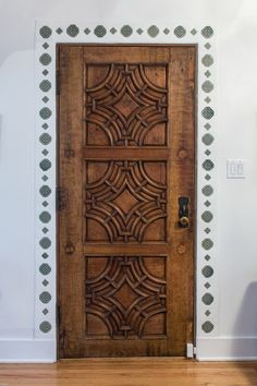 Mediterranean decor | carved wood door | interior design ideas