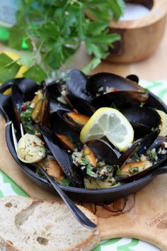 Mussels with Hazelnut Gremolata Recipe by Bell'Alimento