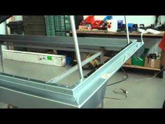 Making-off Defender 110 : Land Rover aménagés avec couchage en toit relevable de RR Concept - YouTube