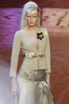 Valentino | Spring 2005 Ready-to-Wear Collection