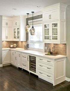 48 Rustic Farmhouse Kitchen Cabinets Makeover Ideas - Page 46 of 48 - Decorating Ideas - Home Decor Ideas and Tips Farmhouse Kitchen Cabinets, Modern Farmhouse Kitchens, Kitchen Cabinet Design, Home Kitchens, Rustic Farmhouse, Farmhouse Style, Kitchen Cabinetry, Kitchen Modern, Kitchen Countertops
