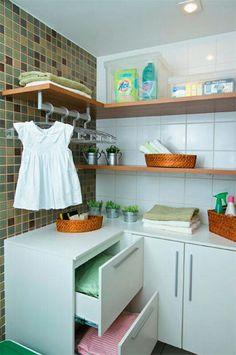 20 áreas de serviço pequenas e organizadas - Casa by estella Laundry Shelves, Organizing Services, Laundry Room Design, Home Organization, Living Room Designs, Small Spaces, Kitchen Decor, Room Inspiration, Sweet Home