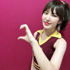 Wendy Red Velvet, Red Velvet Irene, Seulgi, South Korean Girls, Korean Girl Groups, Exo, Black Pink, Meme Faces, Her Smile