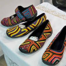 artesania colombiana - Google Search Colombian Art, Tropical Colors, Craft Shop, Slippers, Culture, Flats, Clothes For Women, Inspiration, Shopping