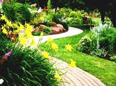 Creative! 36 DIY Garden Ideas On A Budget