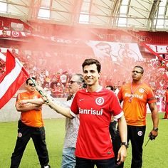 Nilmar de volta ao Sport Club Internacional de     Porto Alegre