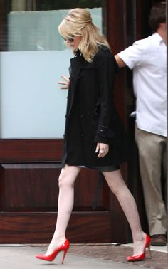 Emma Stone Leaving Her Hotel In New York