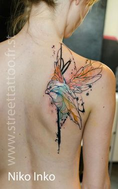 Colorful Bird tattoo looks like a painting