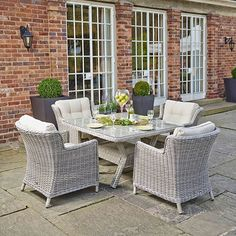 garden furniture palmera square table and 4 lounge chairs barker and stonehouse barker furniture