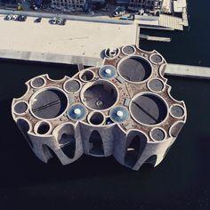 #fjordenhus set oppefra #drone #vejle #havn #DroneSkudDK Vejle, Olafur Eliasson, Round House, Rick Owens, Art And Architecture, Arches, Arsenal, Exterior, Nature