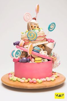 Candies cake, so cute Torta Candy, Candy Cakes, Candy Birthday Cakes, Fondant Cakes, Cupcake Cakes, Novelty Cakes, Love Cake, Sweet Cakes, Pretty Cakes