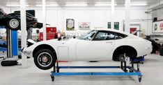 Toyota 2000GT being restored in the UK by  @ToyotaGB repinned by www.BlickeDeeler.de