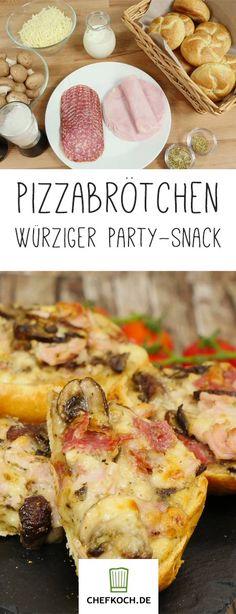 Schnelle Pizzabrötchen mit Pilzen, Salami, Schinken und der Geheimzutat Sahne.