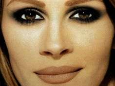 Julia Roberts- I want to do these super smokey eyes one someone for a photograph.